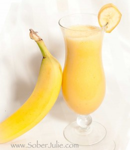 BANANA-ORANGE-FROSTBITE-drink recipe @SoberJulie.com