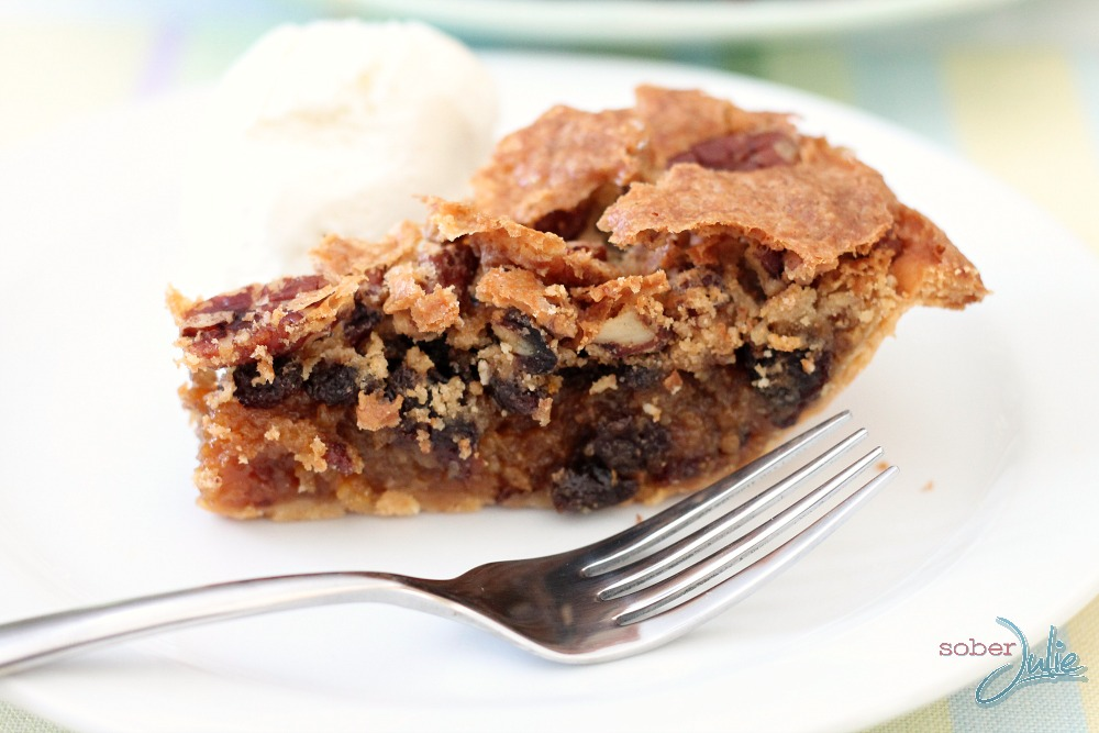 pecan pie closeup