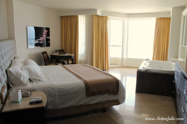 Superior Ocean Front Deluxe Room at Moon Palace Golf & Spa Resort
