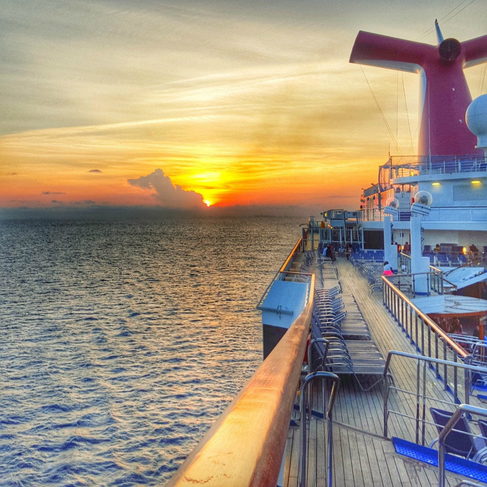 cruise with friends sunset