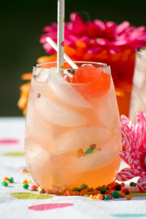 Summer-Drink-Strawberry-Lemonade-3