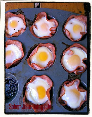 muffin-tin-ham-and-eggs