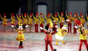 Disney on Ice Mickey2