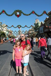 Magic Kingdom Christmas Main St USA