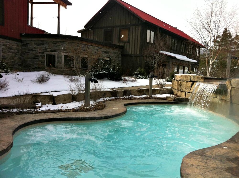 Scandinave Spa Hot Bath