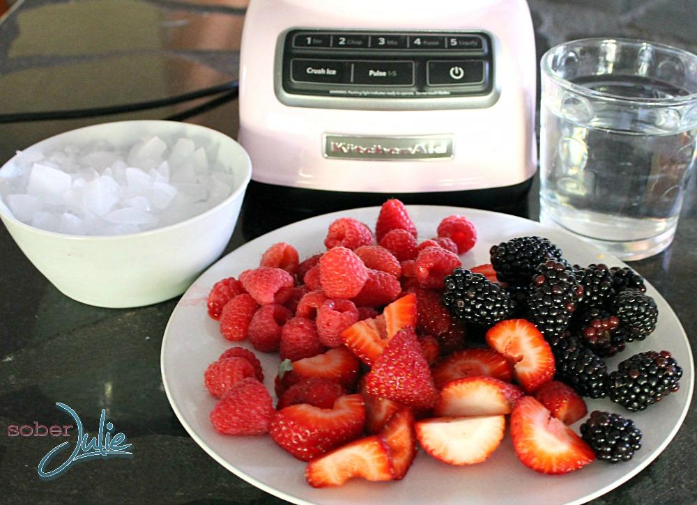 Berry smoothie recipe ingredients WM