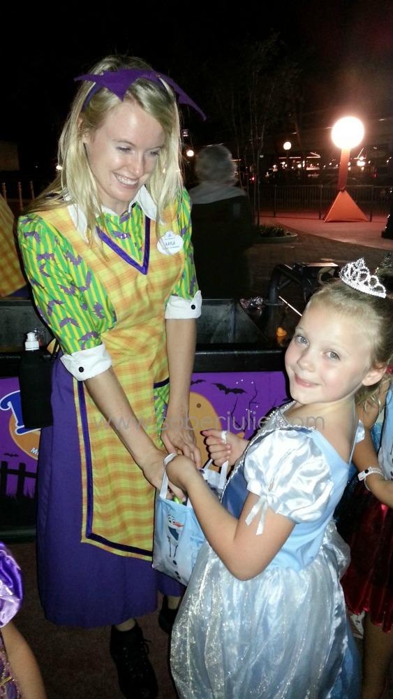 Mickeys not so scary halloween trick or treat