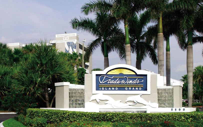 TradeWinds Entrance