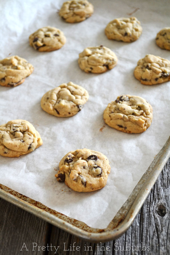 Chocolate-Chip-Cookies-A-Pretty-Life