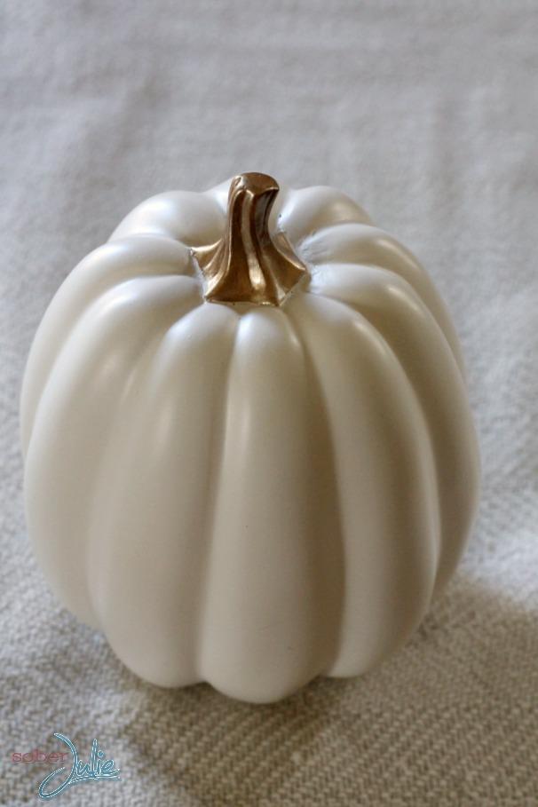 thanksgiving decorations pumpkin