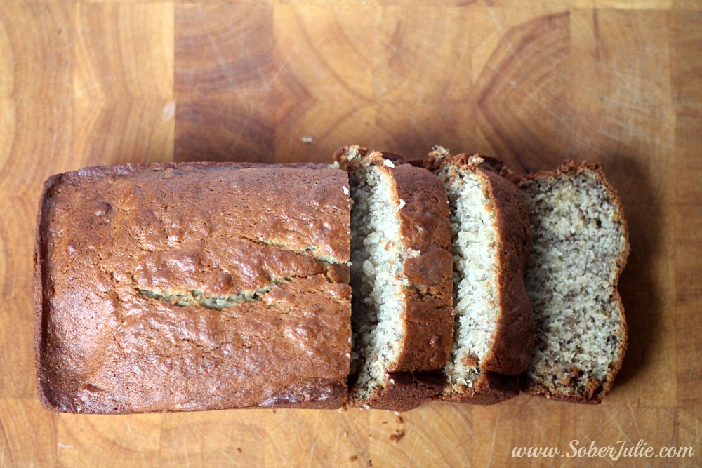 easy banana bread recipe sliced YUM