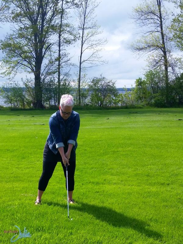 soberjulie-ontario-travel-fern-resort-golf-swing