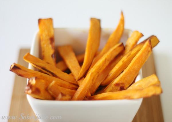 soberjulie-sweet-potato-fries-served