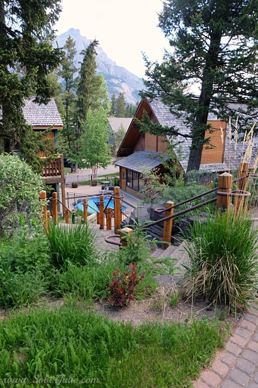 Buffalo Mountain Lodge Banff hot tub