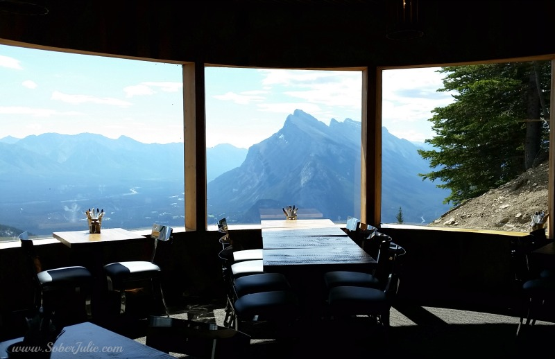 banff-mt-norquay-cliffhouse