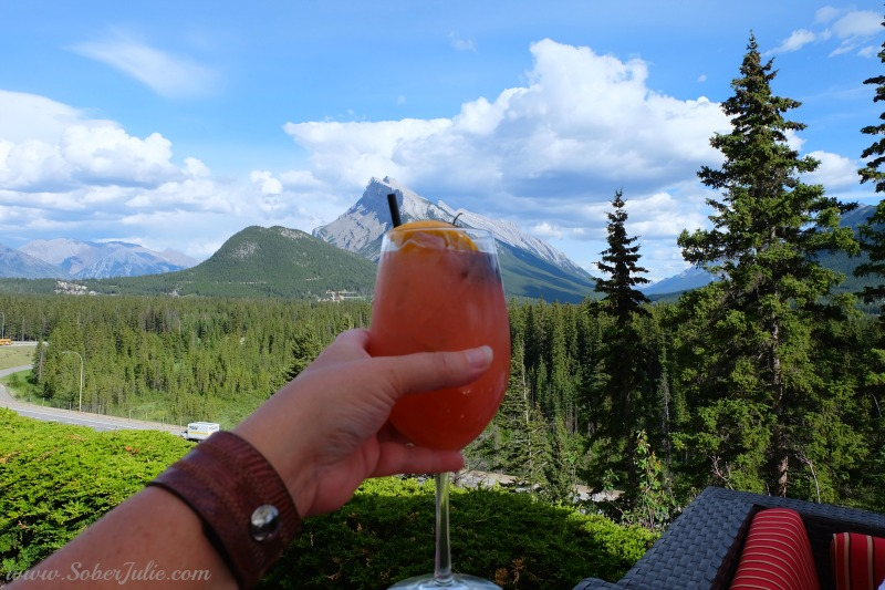 soberjulie-banff-summer-juniper-drink