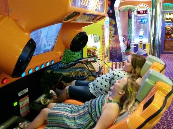 soberjulie-carnival-cruise-arcade
