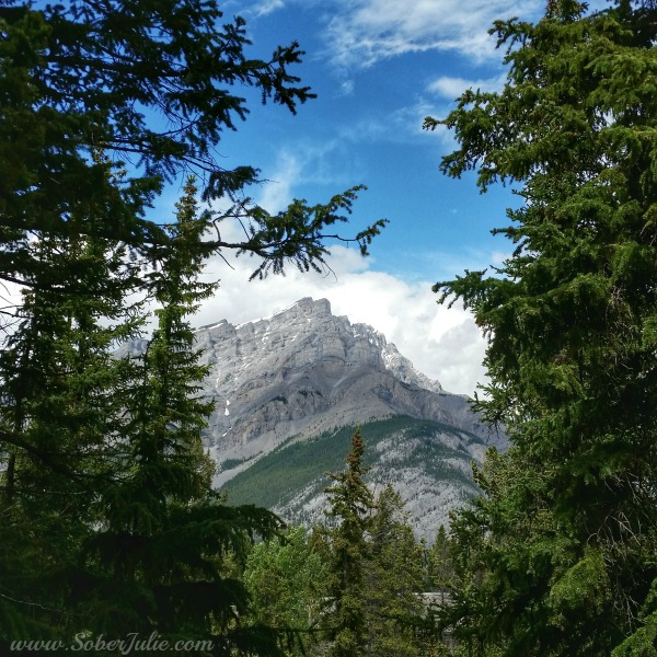 soberjulie-travel-banff