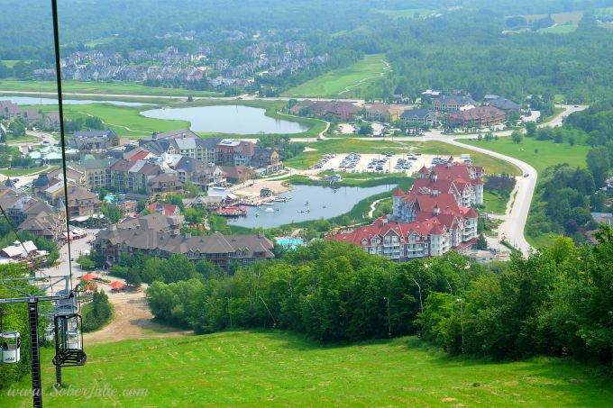 soberjulie-blue-mountain-view