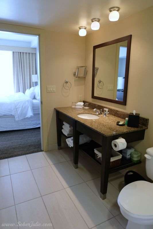westin-trillium-blue-mountain-suite-bathroom