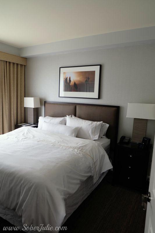 westin-trillium-blue-mountain-suite-master-bedroom