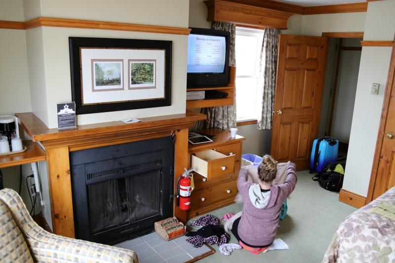 cottage fern resort fireplace