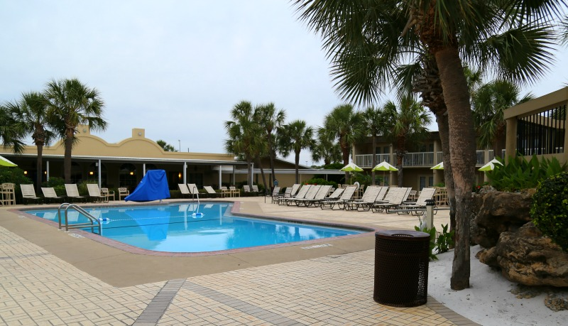 pool ft walton four points sheraton