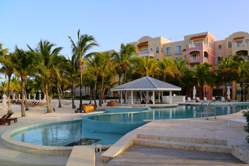 blue haven turks and caicos pool bar