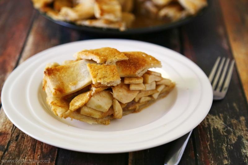 apple pie recipe slice on plate