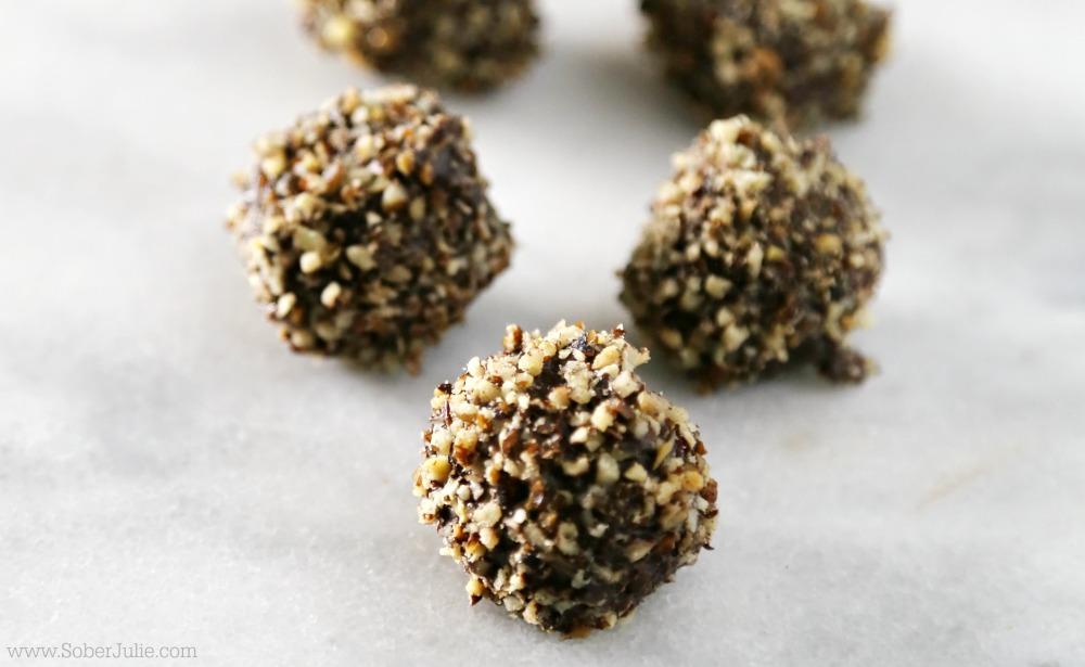 dark-chocolate-truffles-recipe-pecan