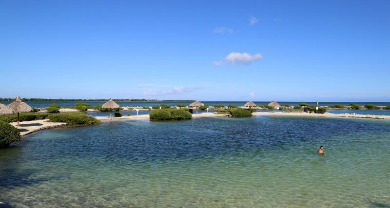 hawks-cay-resort-lagoon