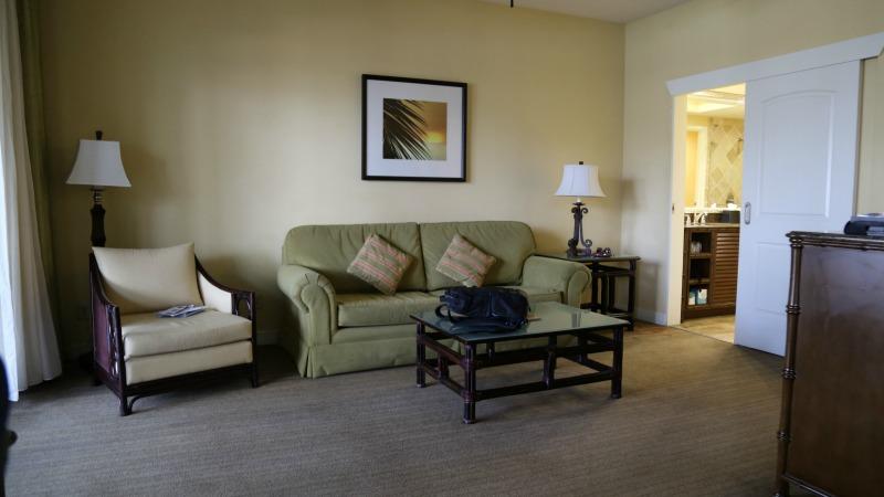 hawks-cay-resort-living-room