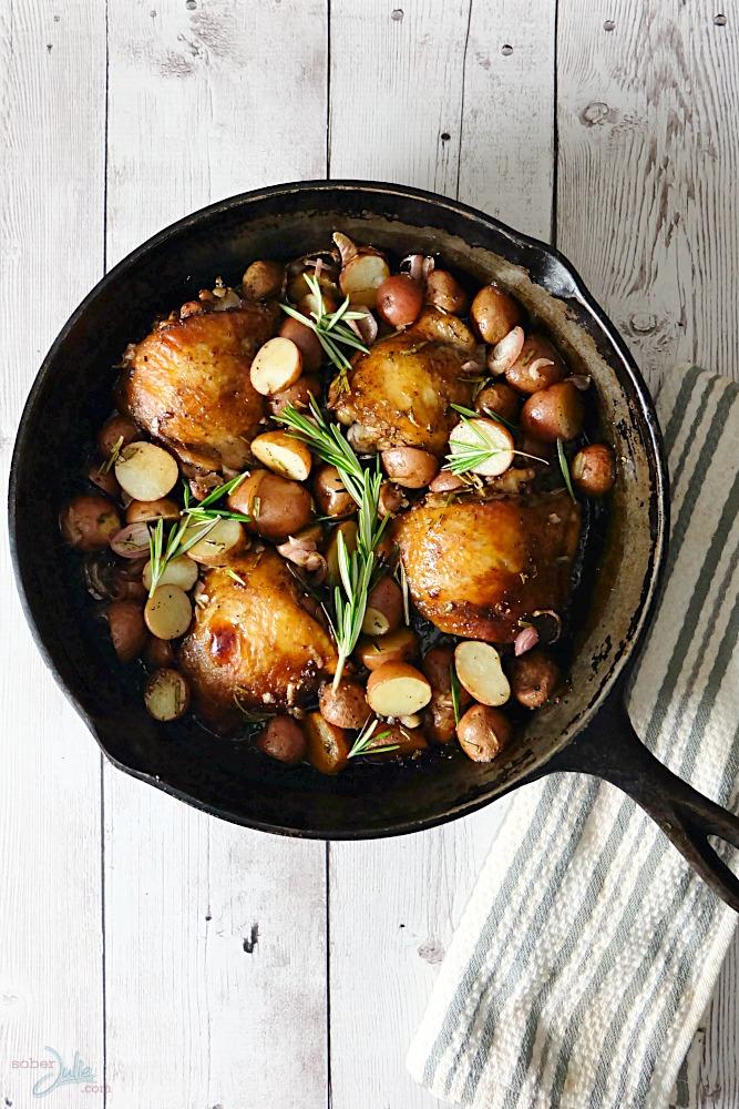 one-pot-balsamic-chicken-meal-recipe-wm